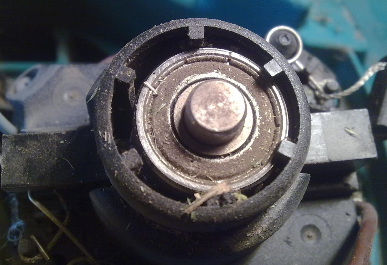 Lawn mower engine repair: Repair of electric and gasoline lawn mowers with your own hands